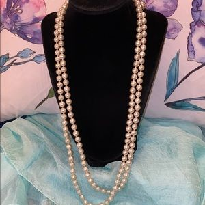 Long Vintage Pearl Necklace